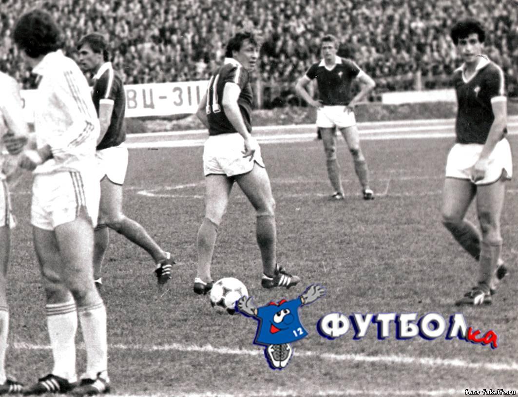 В 1983 году Пимушин становится лучшим снайпером команды, поддержав эту традицию и в 1984-м (42 игры, 17 забитых мячей и 41 игра, 18 мячей соответственно)